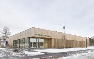 Sporthalle Waldau 01